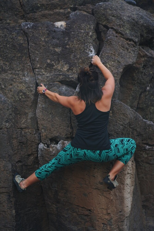 d2525e3a7c897 Mammoth Lakes Bouldering - The Ravine - Ascend In Style